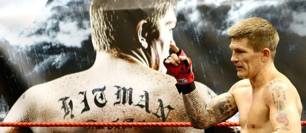 Hatton rallies support for comeback with #RickysCorner