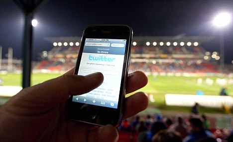 New club app from Football League the answer to match-day internet access?