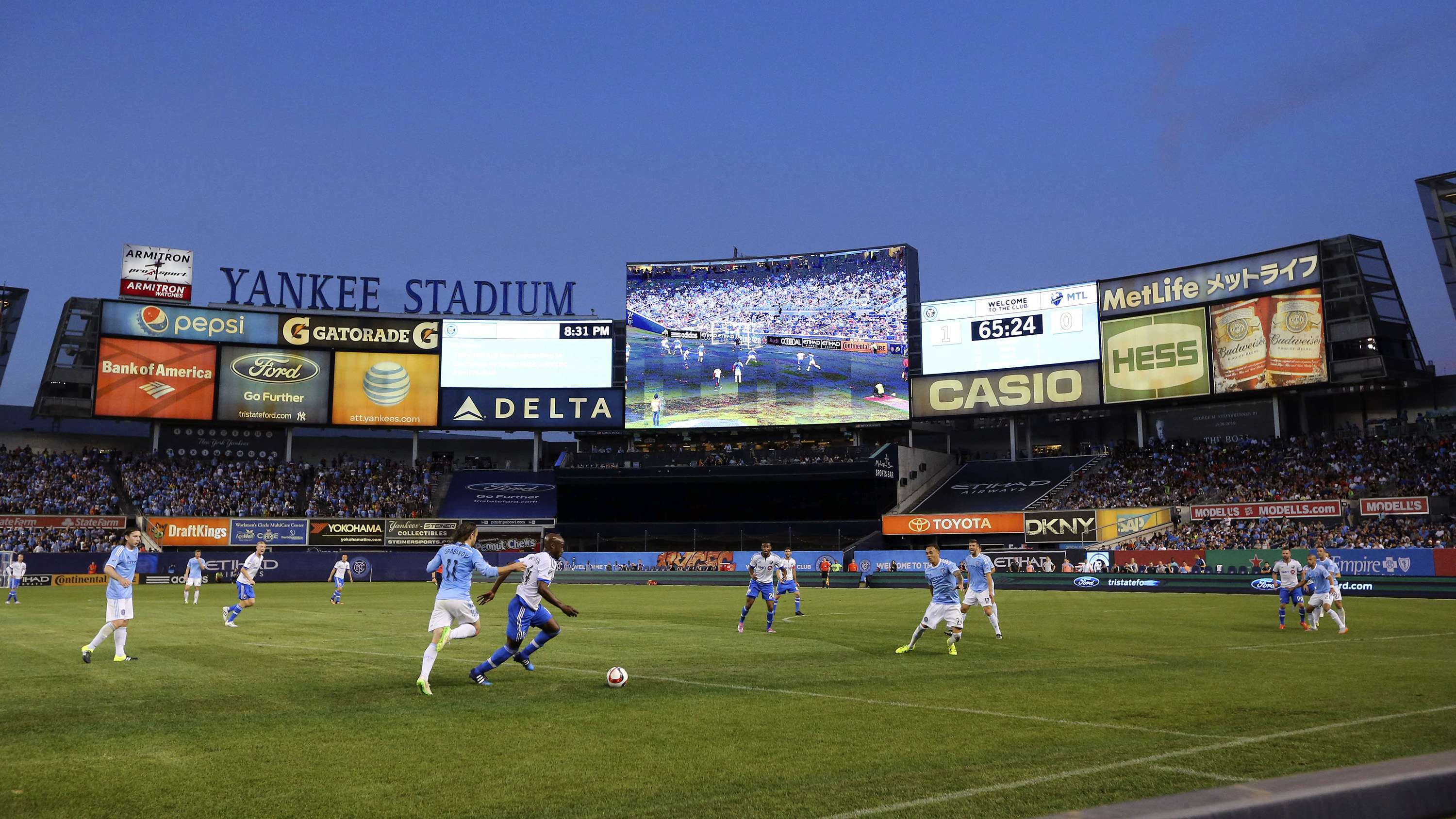 Yankee stadium joins the growing list of digital stadiums for Dining options at at t stadium