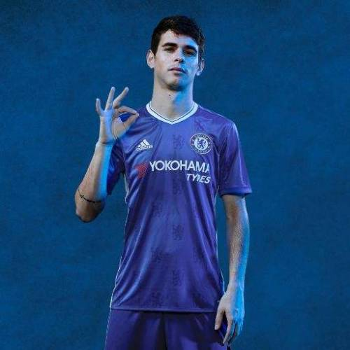 Chelsea FC take to Facebook Live to unveil new kit