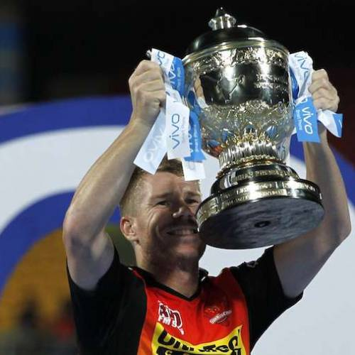 Facebook, Twitter & Amazon fight for the IPL