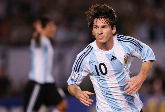 See World Player of the Year Lionel Messi in London today!