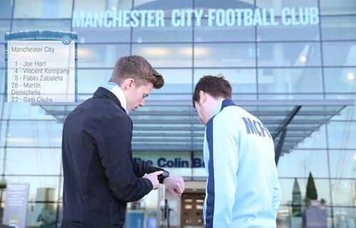 Man City launch new Wearables App 'CityMatchday Wear' in digital first