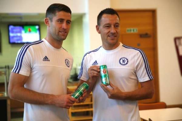 Chelsea sign training shirt sponsorship deal