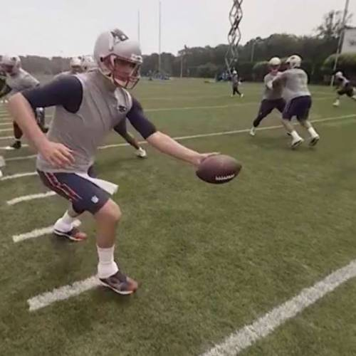Google Cardboard plunges us into Patriots training in Virtual Reality