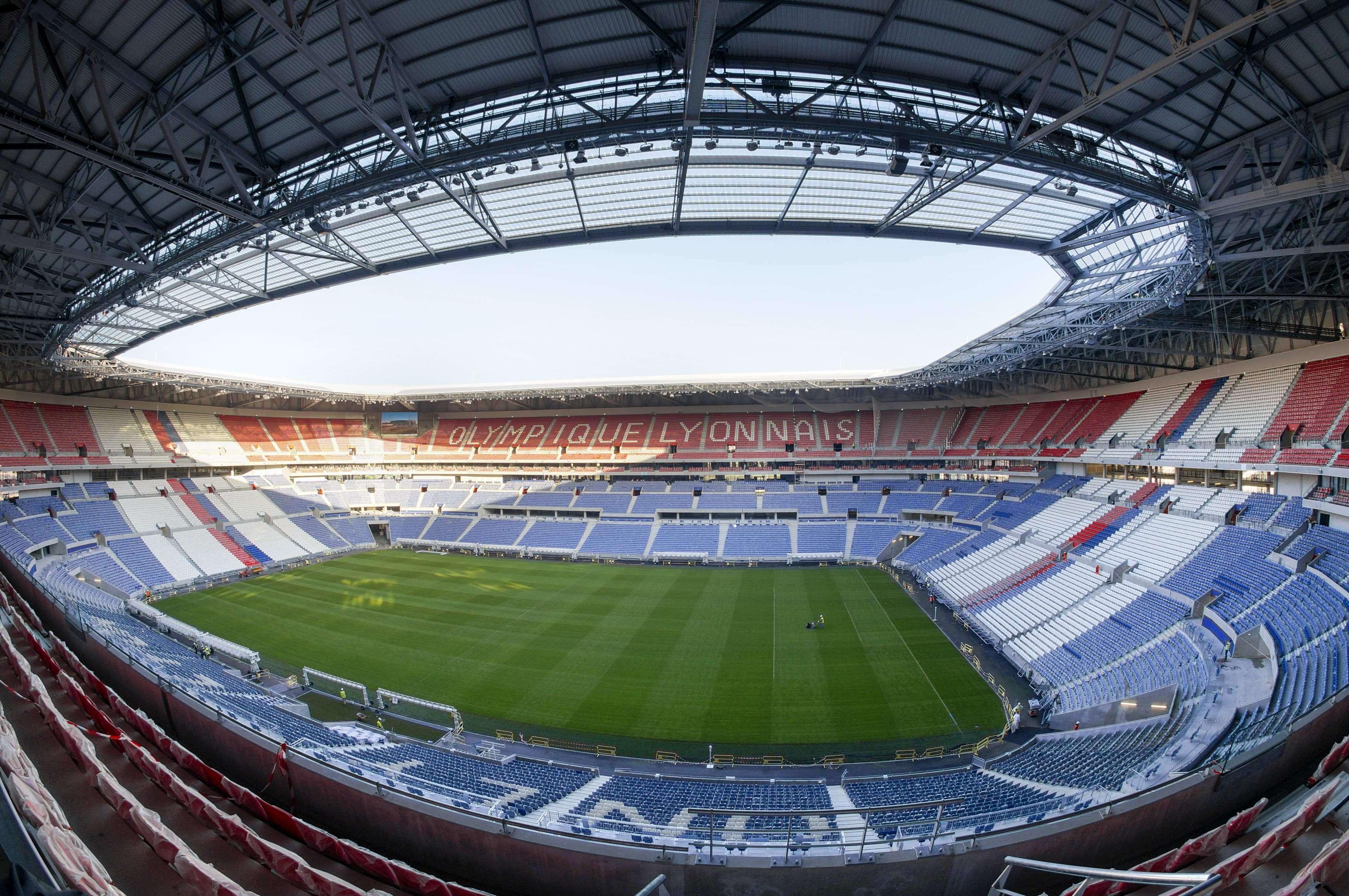 https://cdn.digitalsport.co/wp-content/uploads/2016/01/Olympique-Lyonnais-stadium.jpg