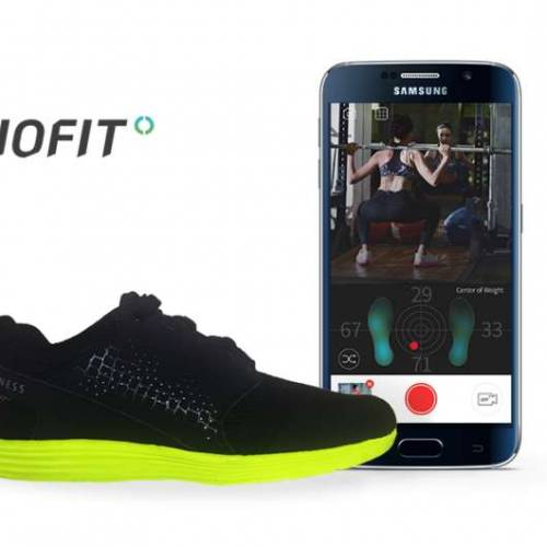 Samsung backs smart shoes to improve your golf game