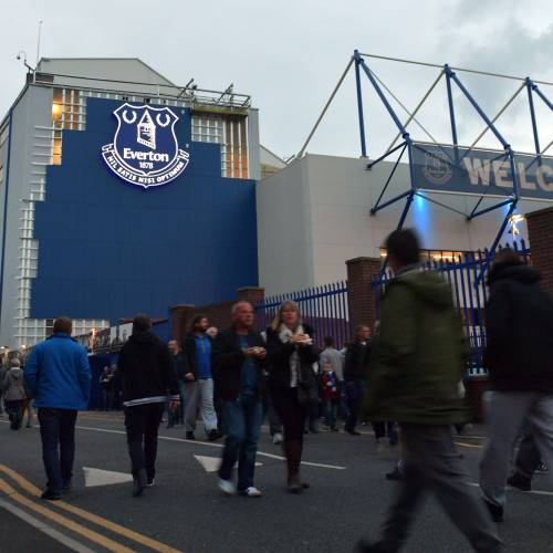 Everton underline commitment to fans with Facebook and YouTube streams