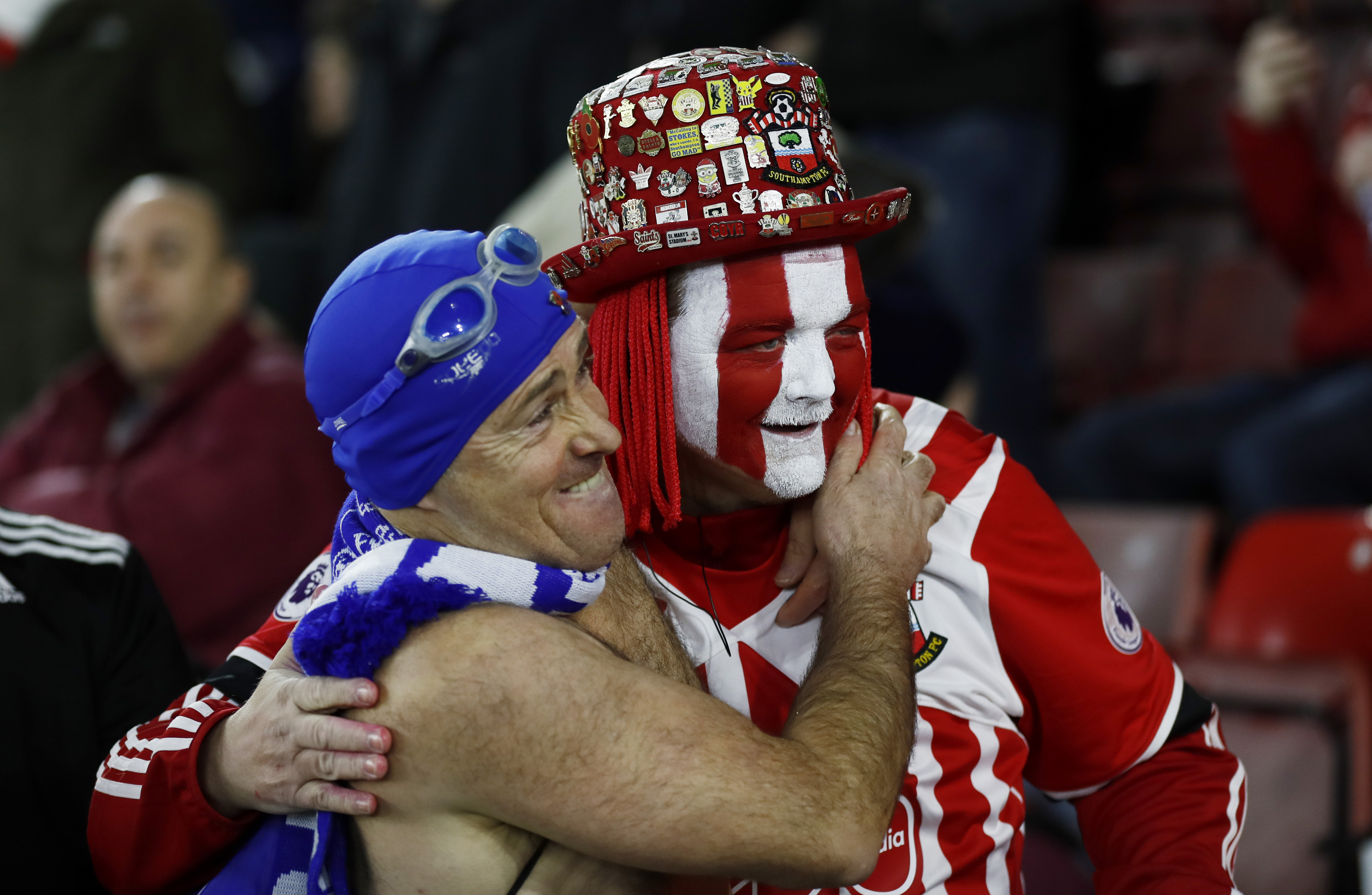 An EVerton fan and a Southampton fan before the match