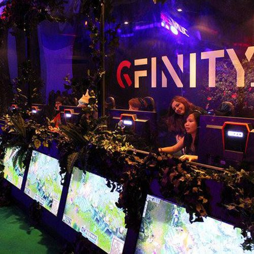 Gfinity enlists Barry Davies to lend an iconic voice to FIFA 19 in social media video