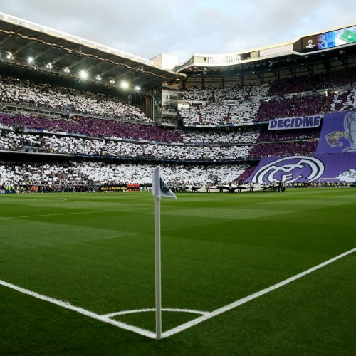 Fly Emirates highlight the pros and cons of activating Real Madrid marketing strategy in El Clasico