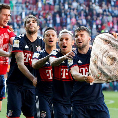 Bayern Munich celebrate sixth Bundesliga title in a row with a nod to a modern classic
