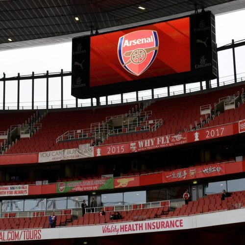 How Arsenal announced new signing Lichtsteiner on social media