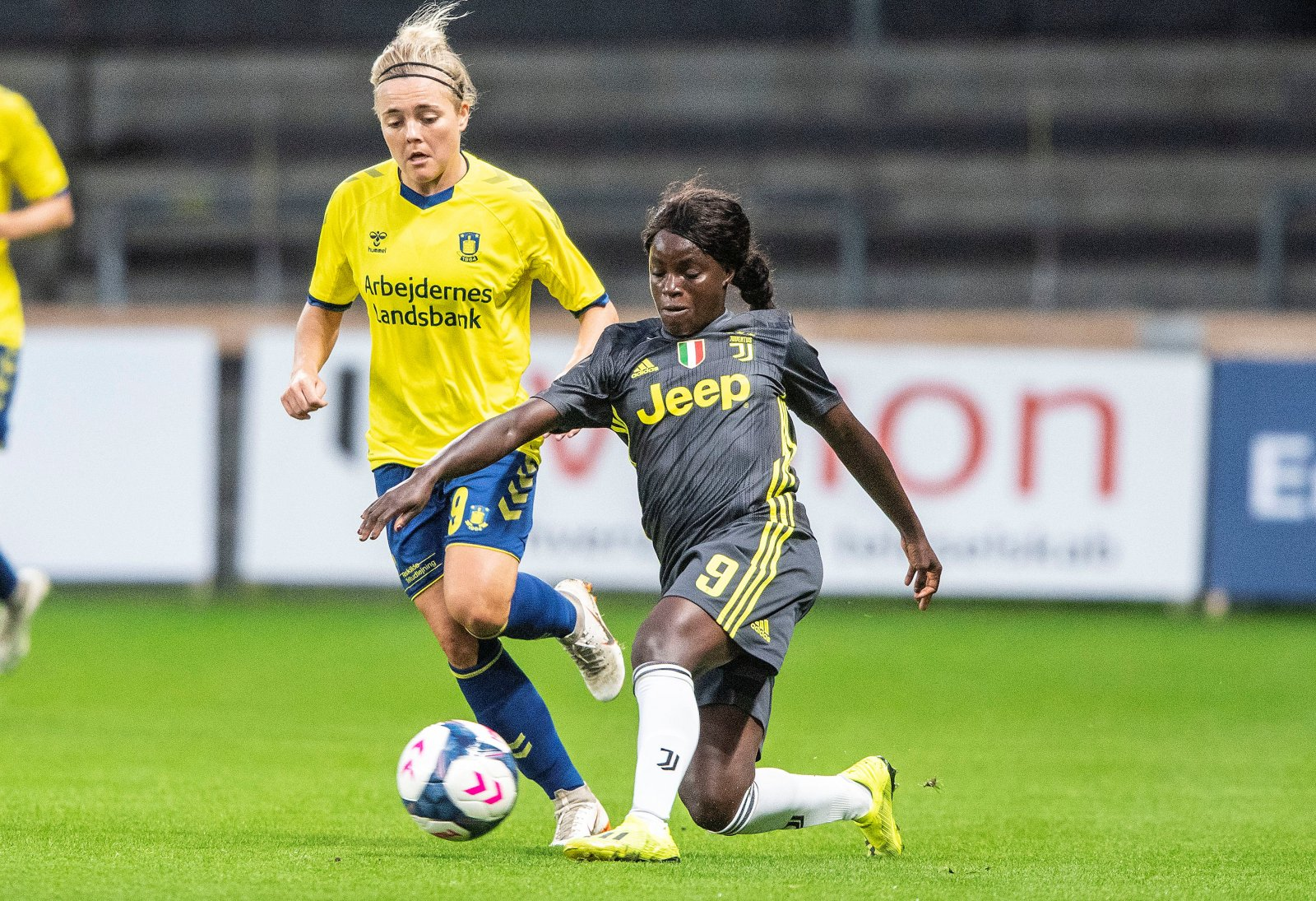 Eni Aluko playing for Juventus